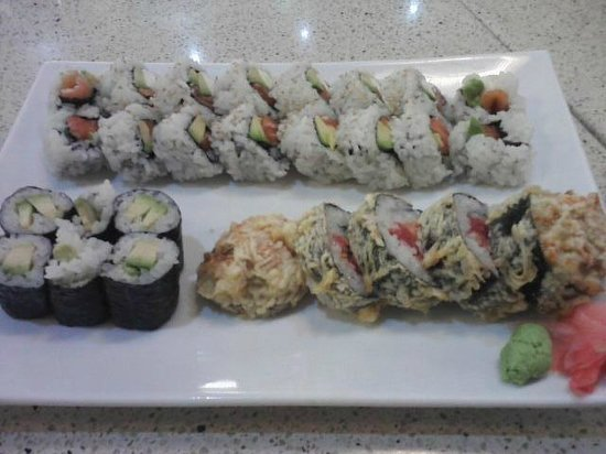 Snapper picture of aka sushi jackson tripadvisor for Aka japanese cuisine menu