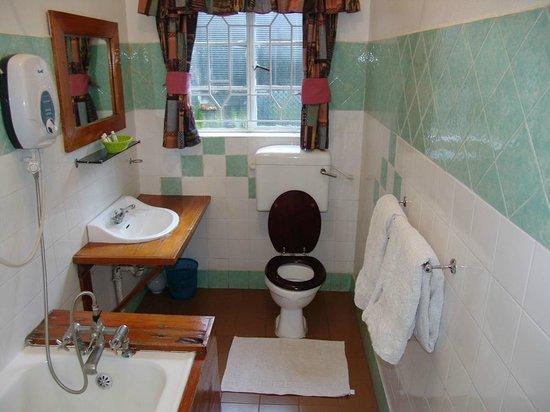 Sirona Hotel Nairobi: Sirona Hotel Suite Bathroom