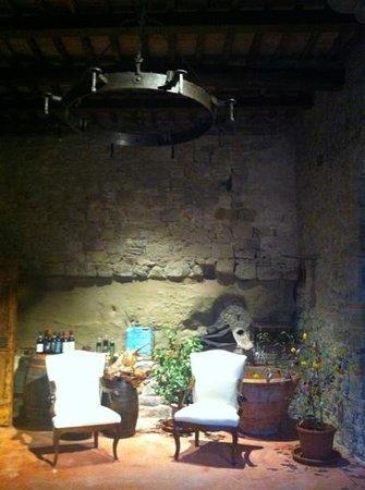Il Paluffo - Main House B&B: l'entrée décorée pour Pâques