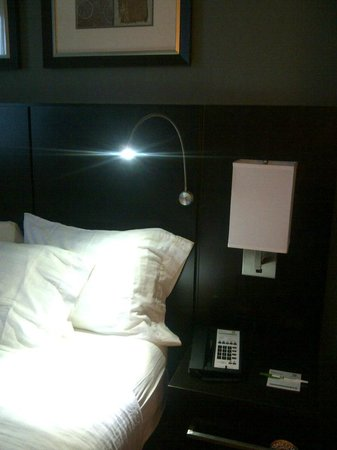 Holiday Inn Hotel & Suites Saskatoon Downtown: The perfect reading lights