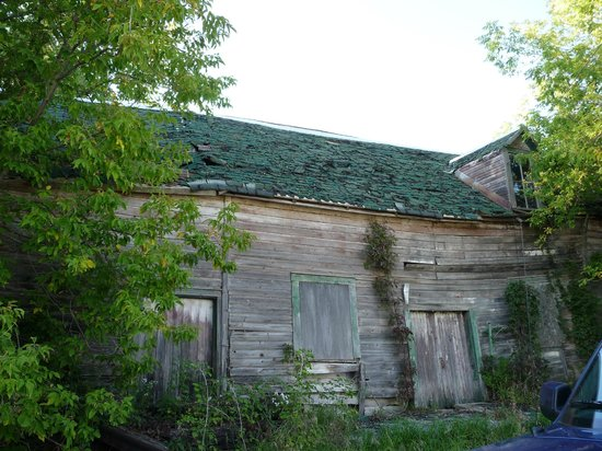 Bonnechere Caves: General store, Balaclava Ghost Town
