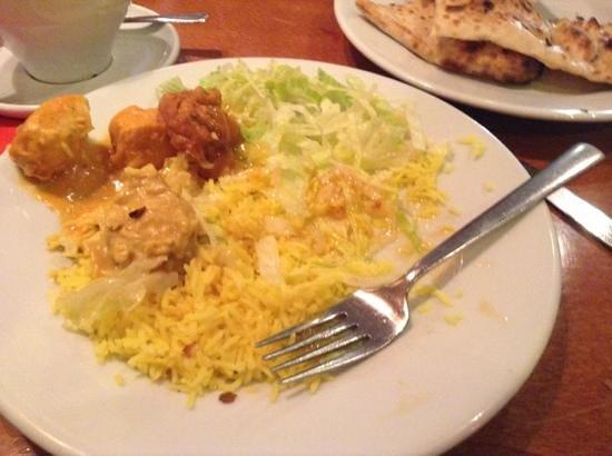 Ashoka @ The Quay: nan, korma, chasni, salad and rice from the buffet