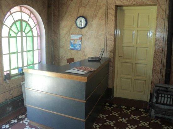 Reception Desk Hostel La Cumbre
