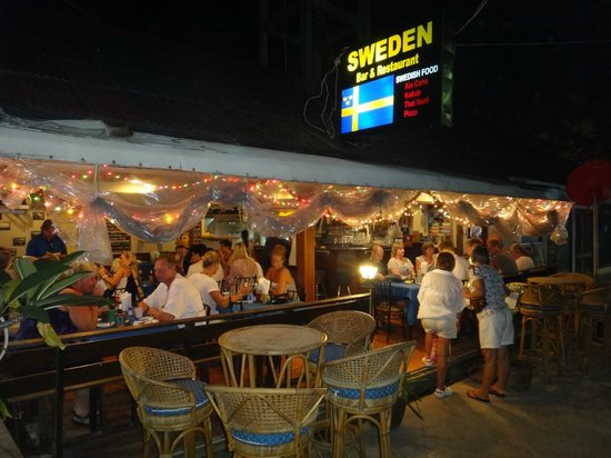 Sweden Bar & Restaurant Samui: A busy night