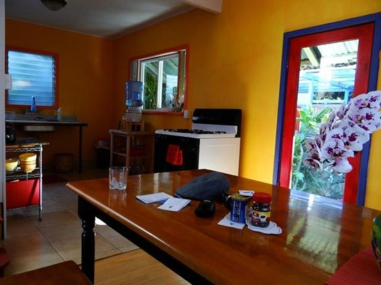 The Lotus Garden Hilo: A simple kitchen with the basics is shared by guests of 2 bedroom 'Sugar Shack' Guest Cottage