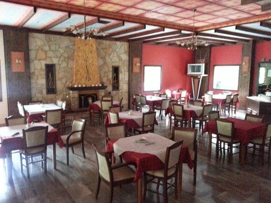 Spanias Hotel: Dinning room
