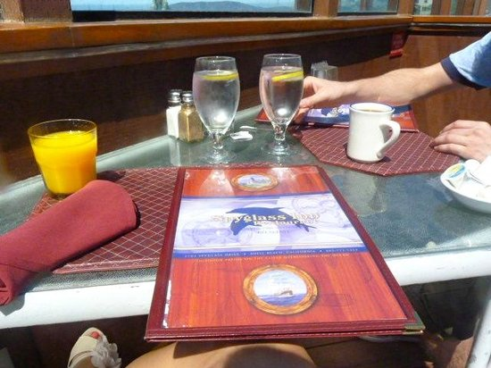 Spyglass Inn Restaurant : spyglass restaurant seating