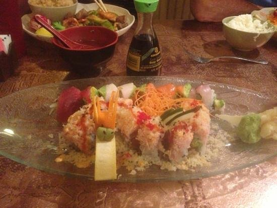Fancy Q Sushi Bar & Grill: Rainbow and Little Dragon roll.