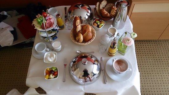 Mercure Hotel Schweinfurt Maininsel: Frühstück