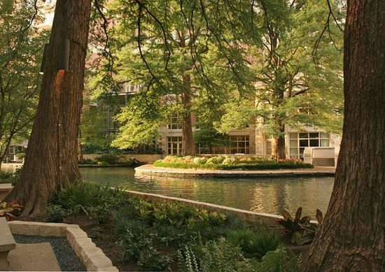 Noble Inns - Aaron Pancoast Carriage House: Beautiful San Antonio Riverwalk