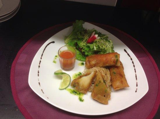 LA TABLE DE DOMI : Nems de gambas et ses légumes craquants