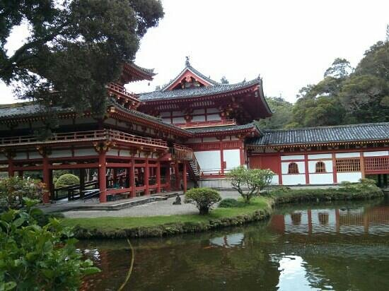Byodo-In Temple: beautiful temple