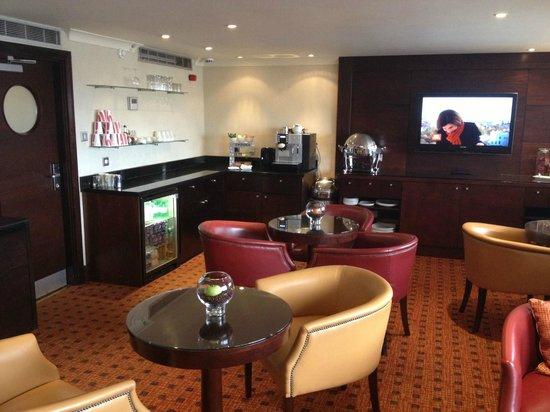 Cardiff Marriott Hotel: Executive lounge 8th floor