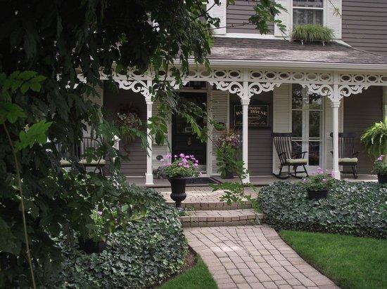 Historic Davy House B&B Inn: Historic Davy Hs. Front Entrance
