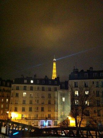 Mercure Paris Tour Eiffel Grenelle: Da janela