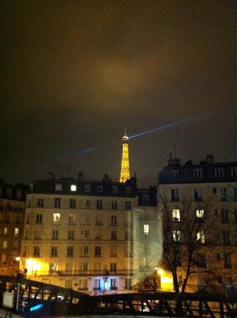 Mercure Paris Tour Eiffel Grenelle Hotel: Da janela