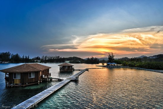 CoCo View Resort : Beautfiul Sunset At CCV