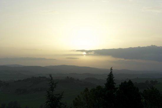 Fattoria Pieve a Salti: Sunset day 2