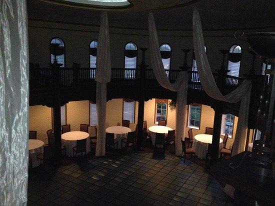 Hotel Baker: Banquet room