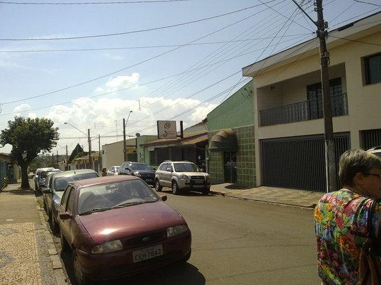Pirassununga, SP: vista da fachada, parcial,do restaurante
