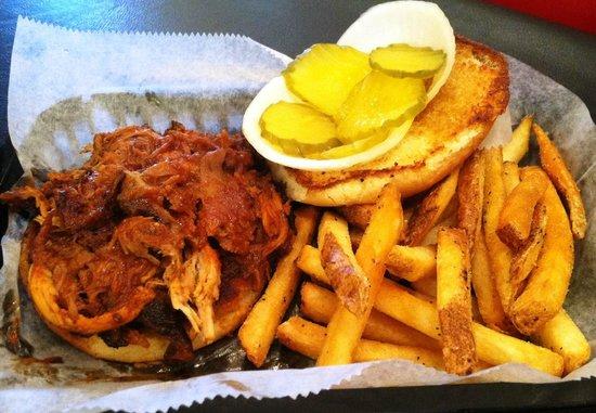 Your Mama's Good Food: BBQ Sandwich