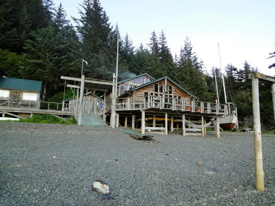 Alaska's Sadie Cove Wilderness Lodge: The social lodge