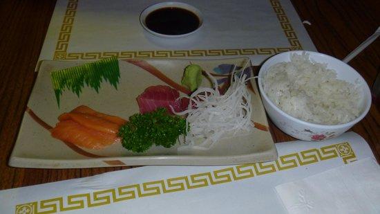 Fuji Japanese Restaurant: Sashimi puede mejorar