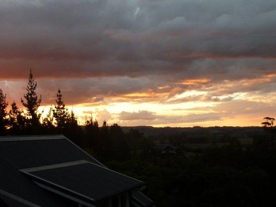 Treghan Luxury Lodge: Sun set from Treghan