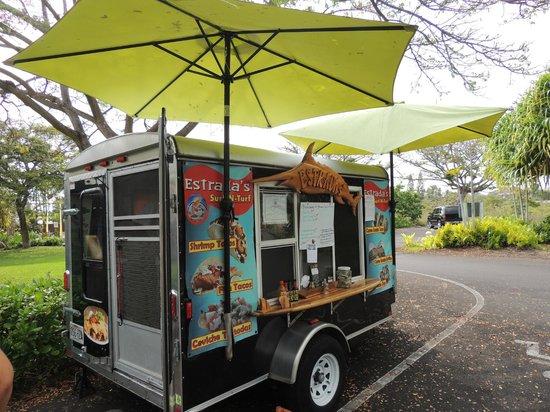 Estrada's Surf N Turf: Great tacos, and burritos!!