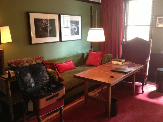 Gramercy Park Hotel: Anoying Wheelchair accessible room