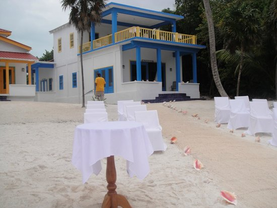 Tranquility Bay Resort: Pre-wedding setup at the prime minister suite