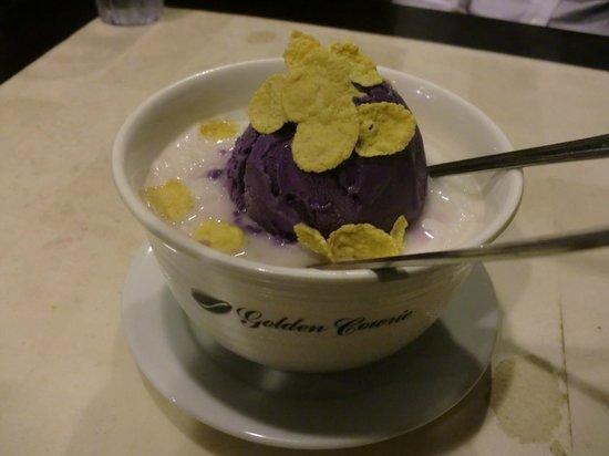 Golden Cowrie Native Restaurant: デザート