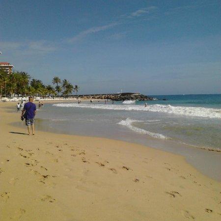 Canario Boutique Hotel : Beach around the corner from Inn.