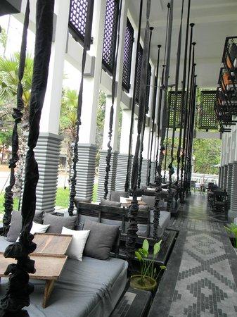 Shinta Mani Angkor: Outdoor swing/beds