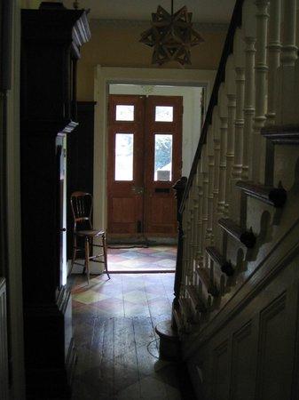 Bulmer Tye House: View of entrance hall