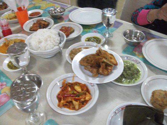 Restaurant Garuda: Seabagian masakan yang bisa anda nikmati di RM Garuda, Medan