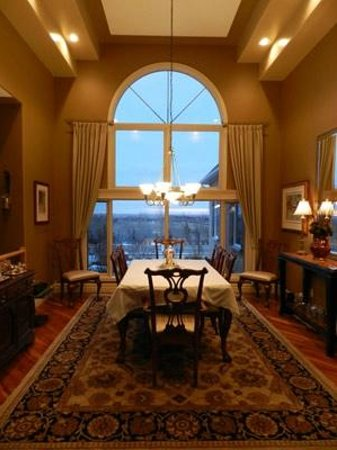 The Stone Gate Inn Bed & Breakfast: Dining Room at The Stone Gate