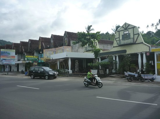 Sendok Hotel: From the bottom end of town