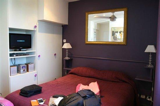 ريزيدونس بلونش: small room