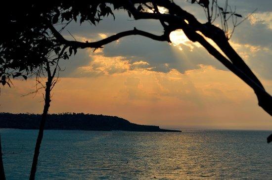 Paradisus Rio de Oro Resort & Spa: Bluff at Beach