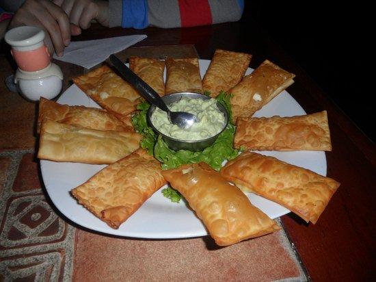 Inkari Pub Pizzeria : Tequeños