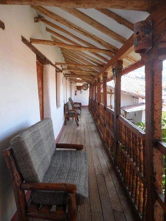 El Balcon: Pasillo