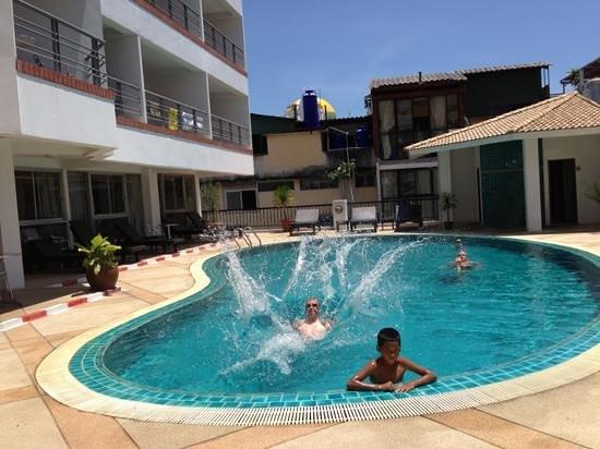 Sandy Spring Hotel: Nice pool