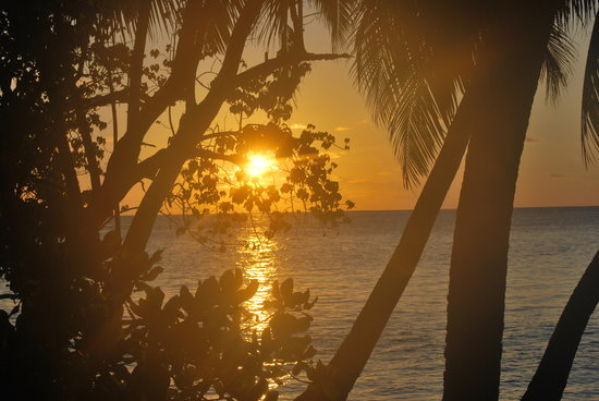 Biyadhoo Island Resort: Beautiful sunrise