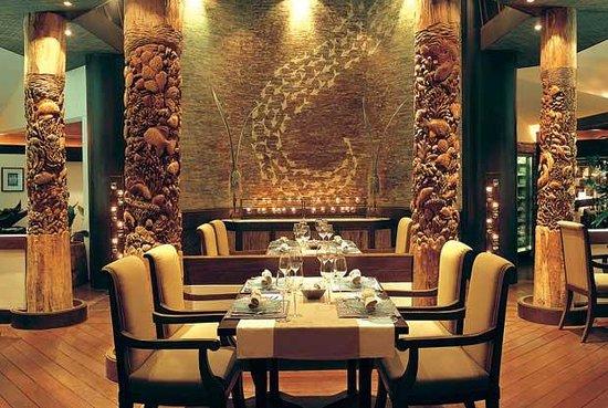 Raya Dining