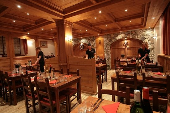 Dining Room Les Chardons