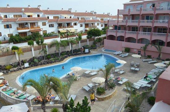 Marola Park : vue sur la piscine