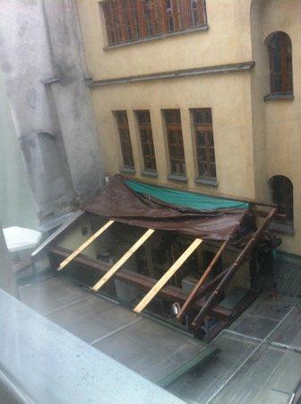 Hotel Rubinstein : View - disaster