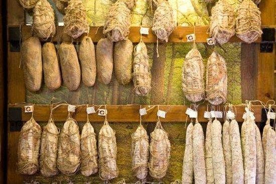 Torrechiara, Italie : insaccati...