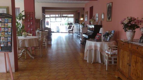 Hotel Le Castellan : Déco hall